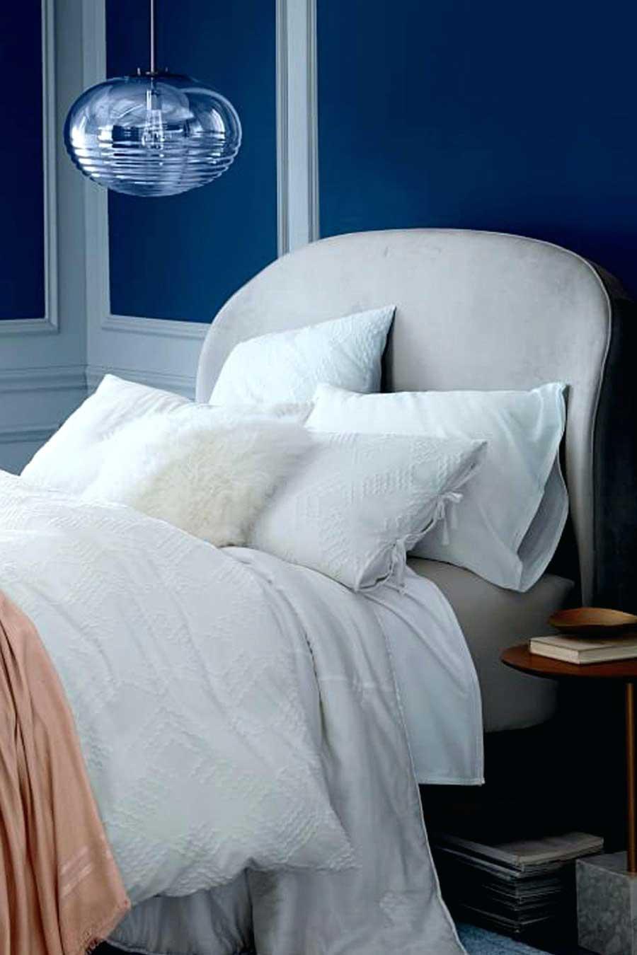 تخت خواب پارچه ای با تاج منحنی