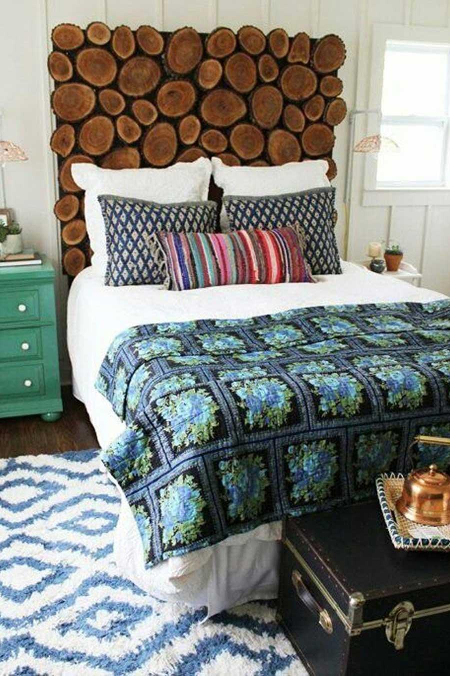 تاج تخت خواب با برش هایی از کنده درخت