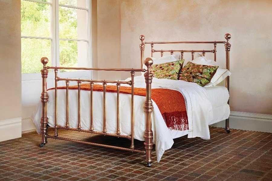 تخت خواب فرفورژه فلزی با سبک دوره ویکتورین