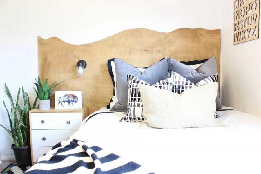 تاج تخت خواب با چوب با لبه های ارگانیک