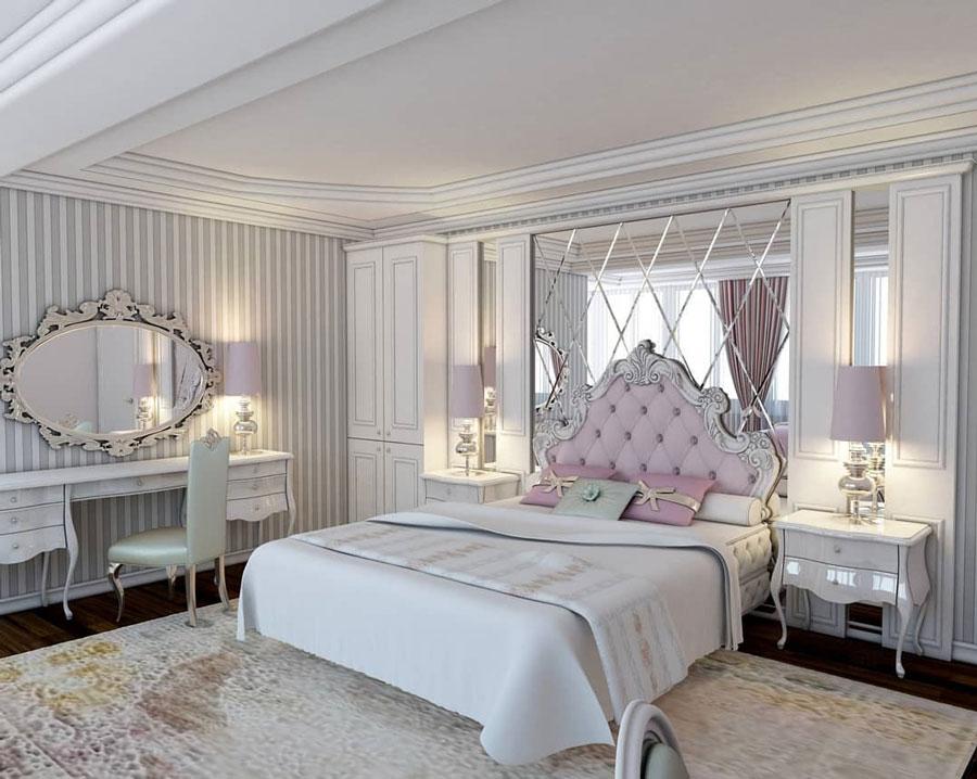 تخت خواب چوبی با تاج لمسه دوزی شده با دکمه های کریستالی